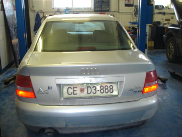 Audi-A4-1-6e