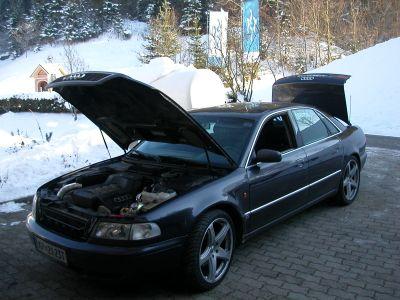 Audi-A8-3-7-monovbrizgb