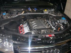 Audi-A8-4-2-quattro-2005c