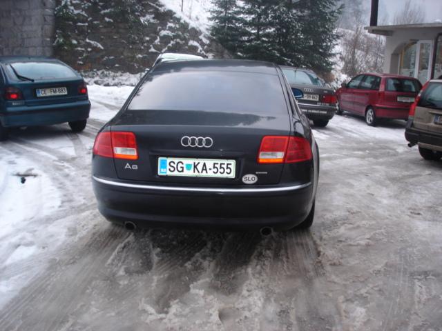 Audi-A8-4-2-quattro-S-linee