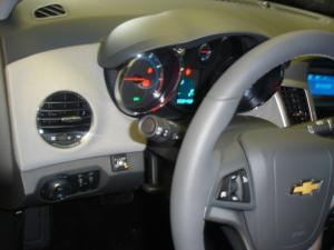 Chevrolet-Cruze-1-8-16Vc