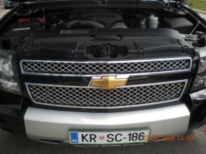 Chevrolet-Suburban-5-3-V8b