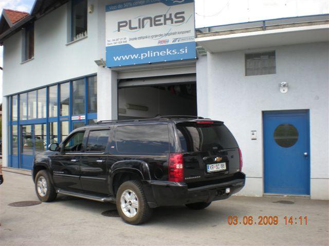 Chevrolet-Suburban-5-3-V8d