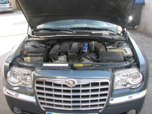 chrysler-300c-3-5-v6c-1024x768
