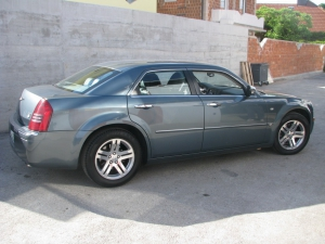 chrysler-300c-3-5-v6d-1024x768