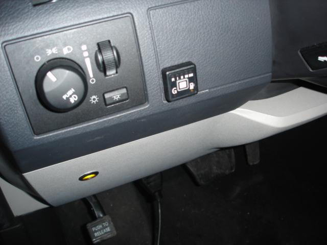 Dodge-Grand-Caravan-3-8e