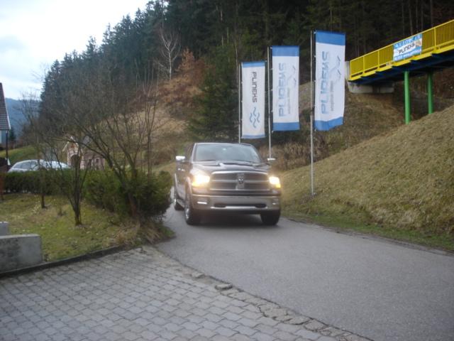 Dodge-Ram-1500-5-7-HEMIb