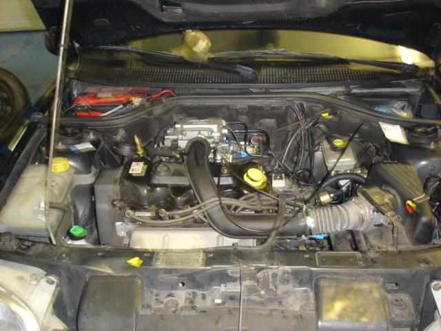Ford-Escort-1-6ia