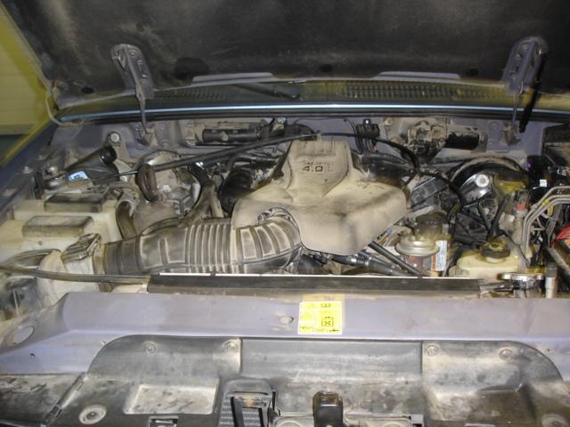 Ford-Explorer-4-0-V6a