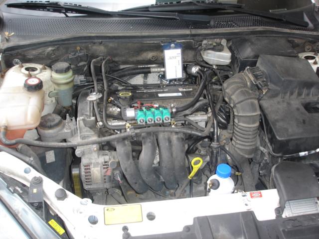 Ford-Focus-1-4ia