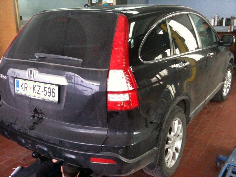 Honda-CR-V-2-0i-Avt-a