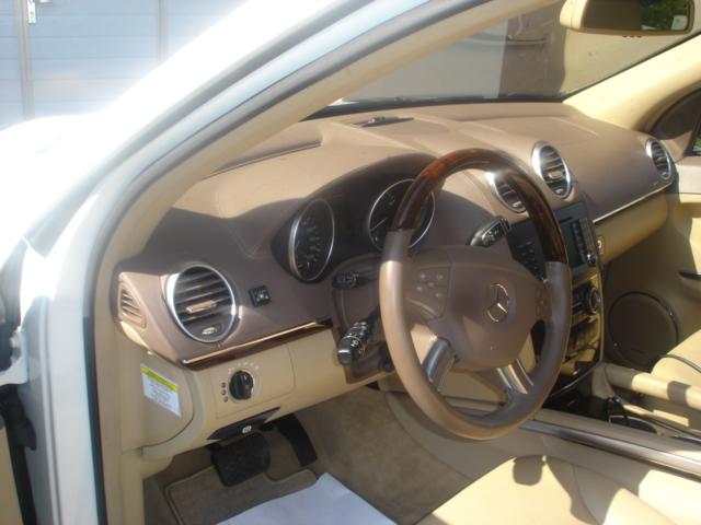 Mercedes-GL-450b