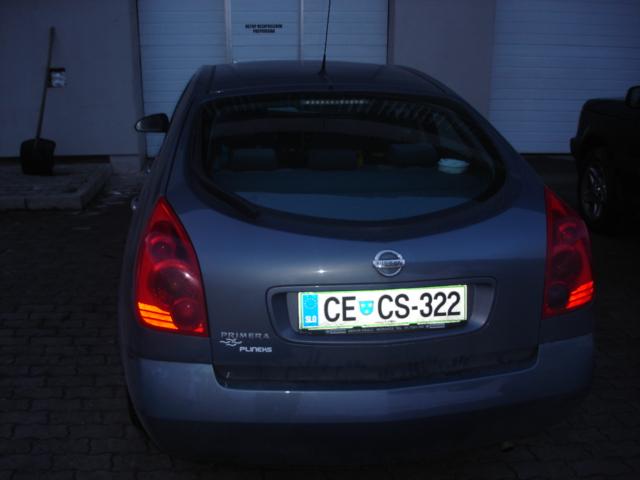 Nissan-Primera-1-8-SLXe