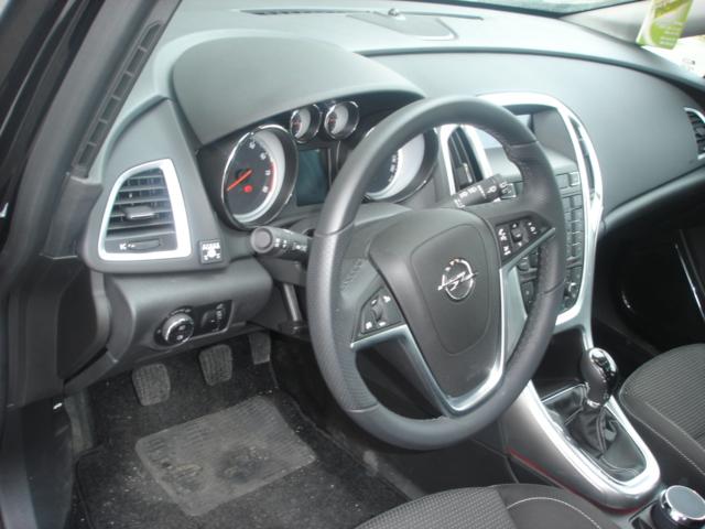 Opel-Astra-J-1-6Tc