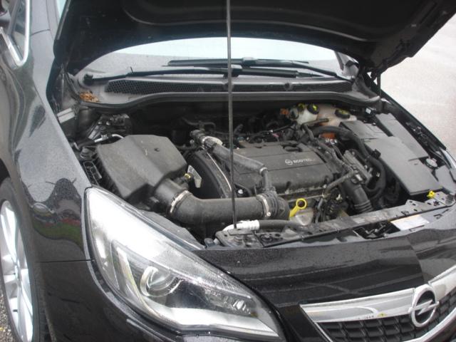 Opel-Astra-J-1-6Td