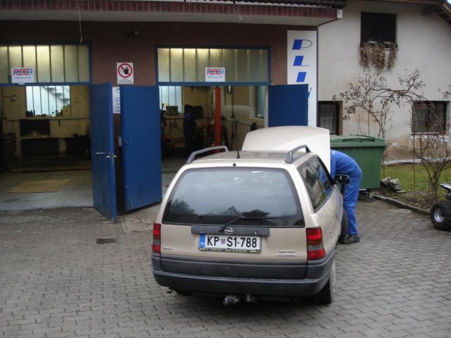 Opel-Astra-karavanc