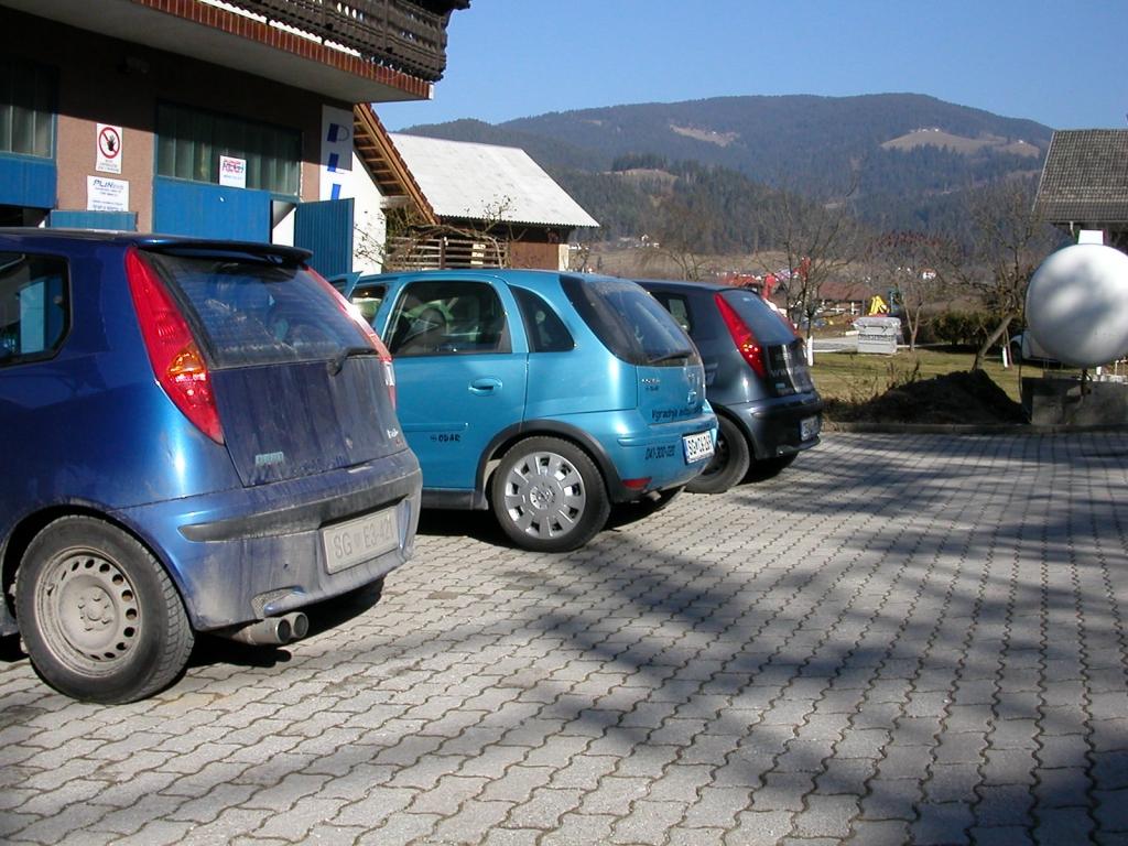 Opel-Corsa-1-4-twinporta