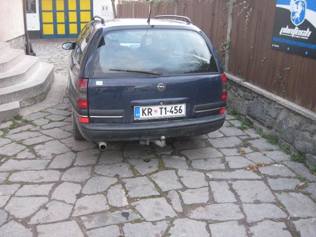Opel-Omega-2-0-16Ve