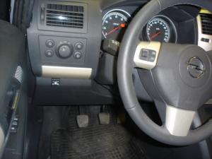 Opel-Zafira-1-8-16Vd