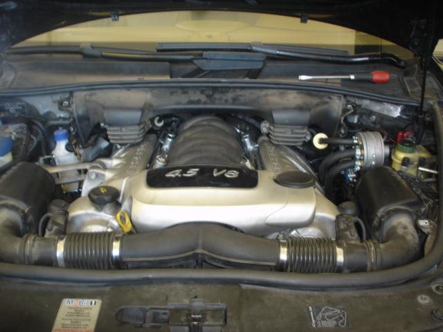 Porsche-Cayenne-V8-4-5c
