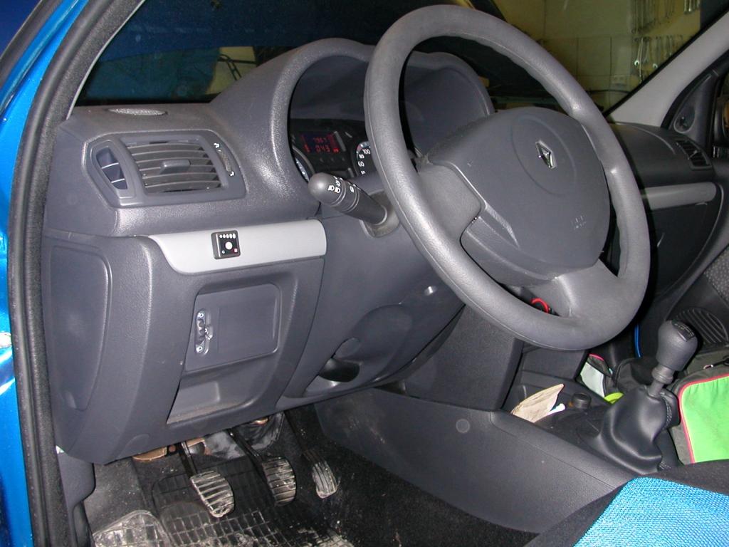 Renault-Clio-Storia-1-2d