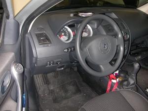 Renault-Megane-II-1-6-16Va