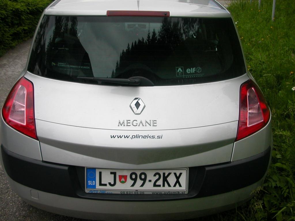 Renault-Megane-II-1-6-16Ve