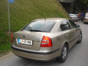 Skoda-Octavia-1-6i-16Vd