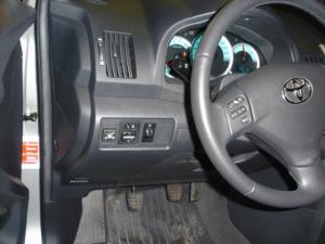 Toyota-Corolla-Verso-1-8id
