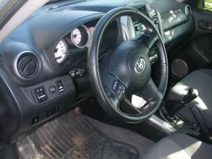 Toyota-RAV4d