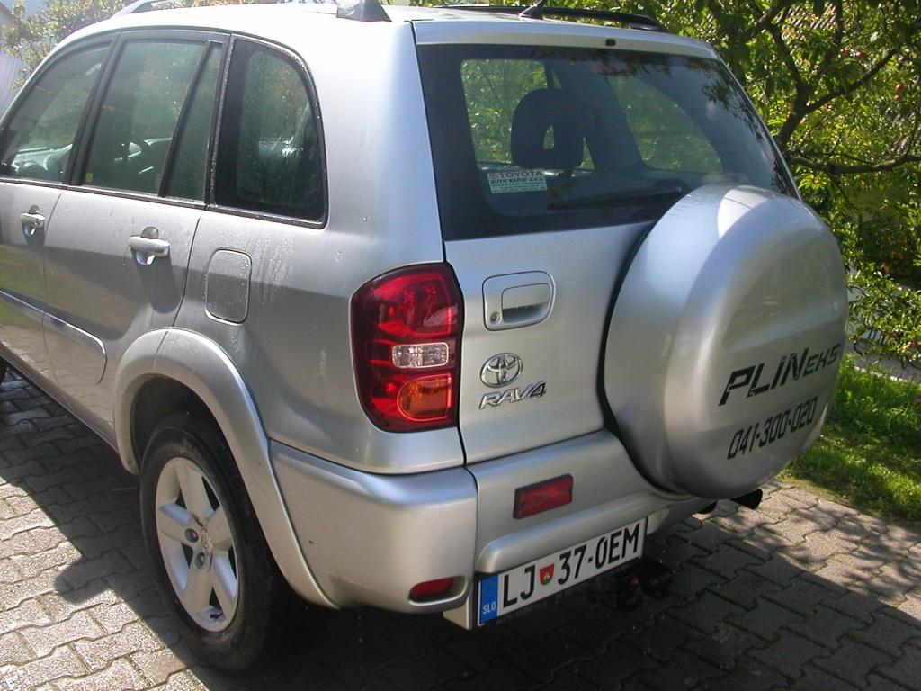 Toyota-RAV4e