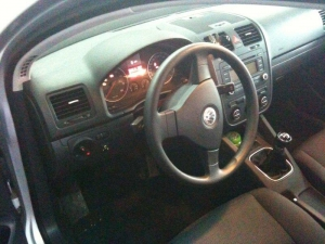 VW-Golf-V-1-6ic
