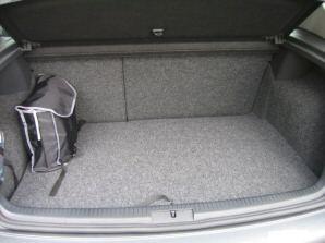 VW-Golf-V-2-0i-20va