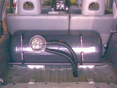 suzuki-grand-vitara-2-7-V6-2